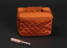 Cosmetic carry bag